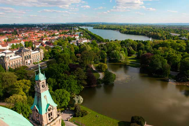 Hanover is the main city of the Lower Saxony state in Germany.